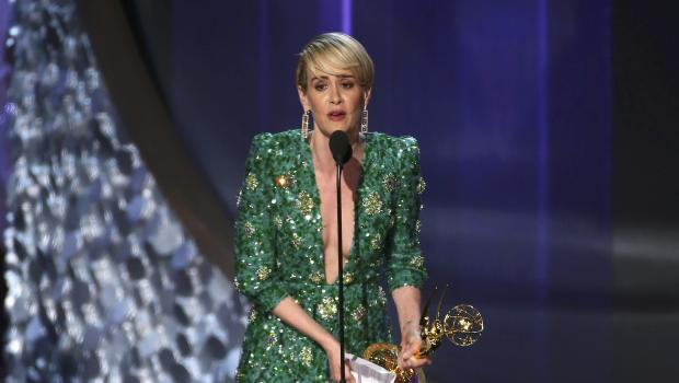 "Sarah Paulson accepts the award for Outstanding Lead Actress In A Limited Series Or Movie for ""The People v. O.J. Simpson: American Crime Story"" at the 68th Primetime Emmy Awards in Los Angeles, California, U.S., September 18, 2016. REUTERS/Mike Blake"
